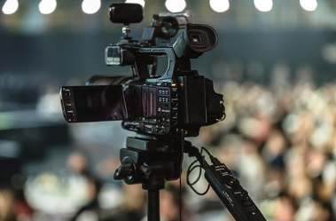 4 Media Tips: Mastering Live Streaming for Journalists