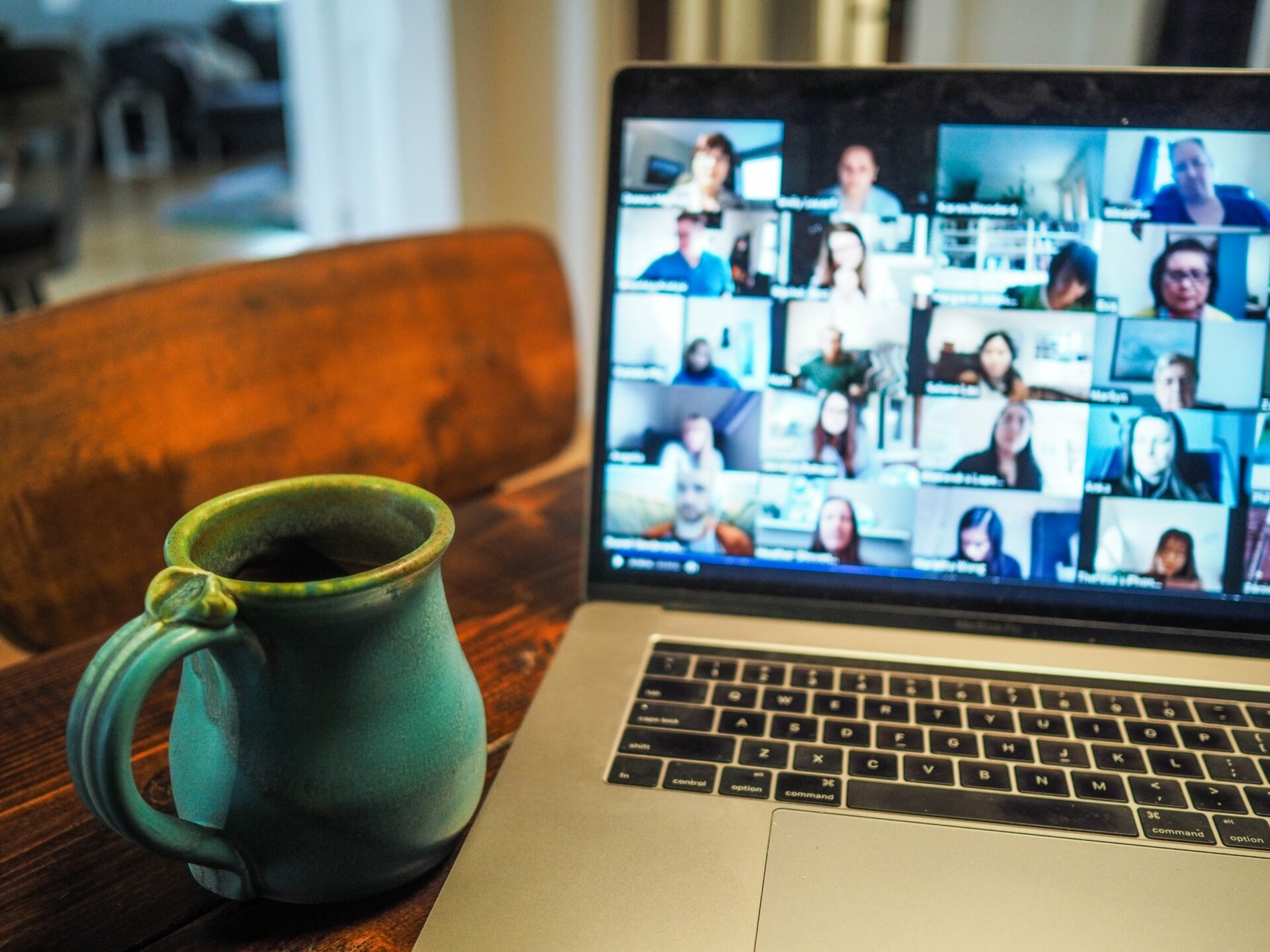 Business Presentations and Live Streaming